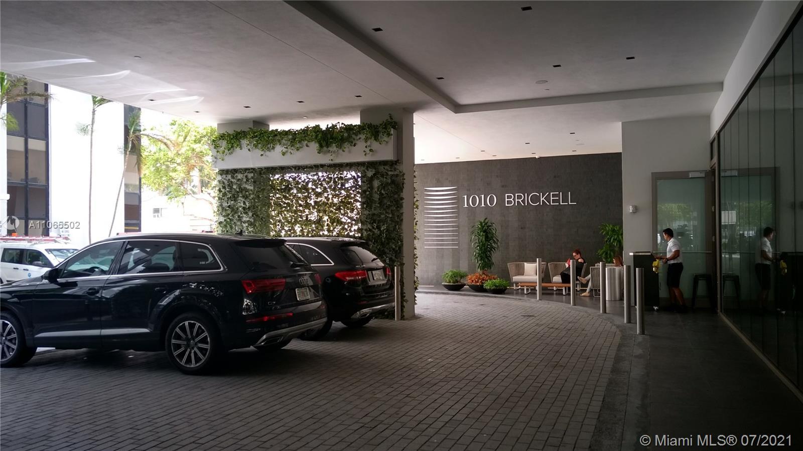 1010 Brickell ave-4401 miami-fl-33131-a11065502-Pic01