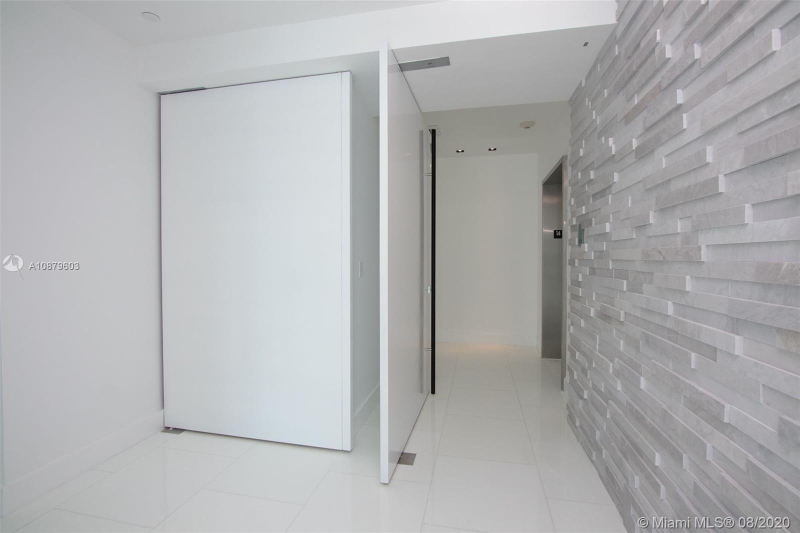 900 Brickell key blvd-1403 miami-fl-33131-a10879603-Pic01