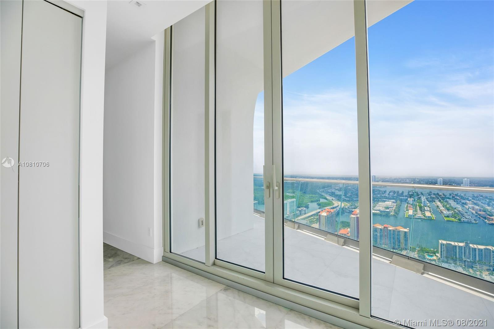16901 Collins ave-5503 sunny-isles-beach-fl-33160-a10810706-Pic01