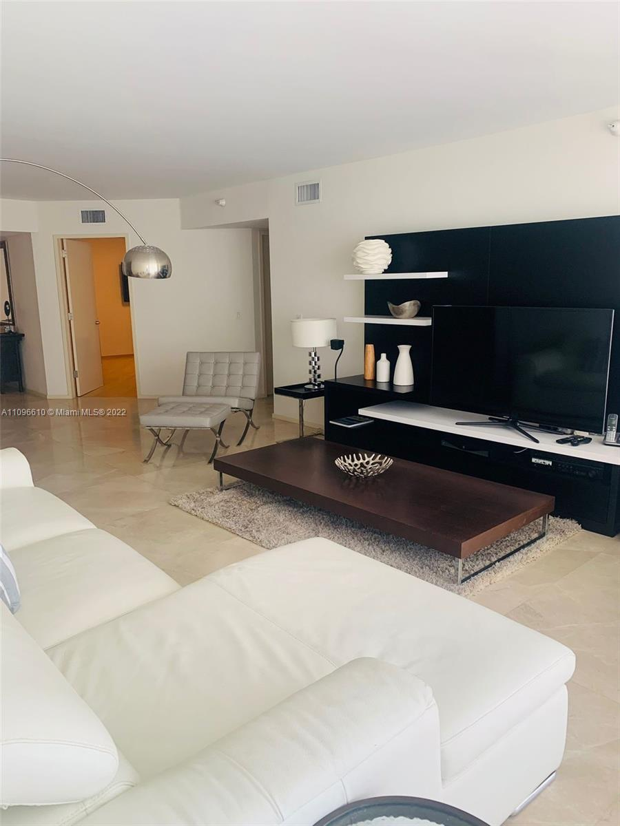 16711 Collins ave-1403 sunny-isles-beach-fl-33160-a11096610-Pic01