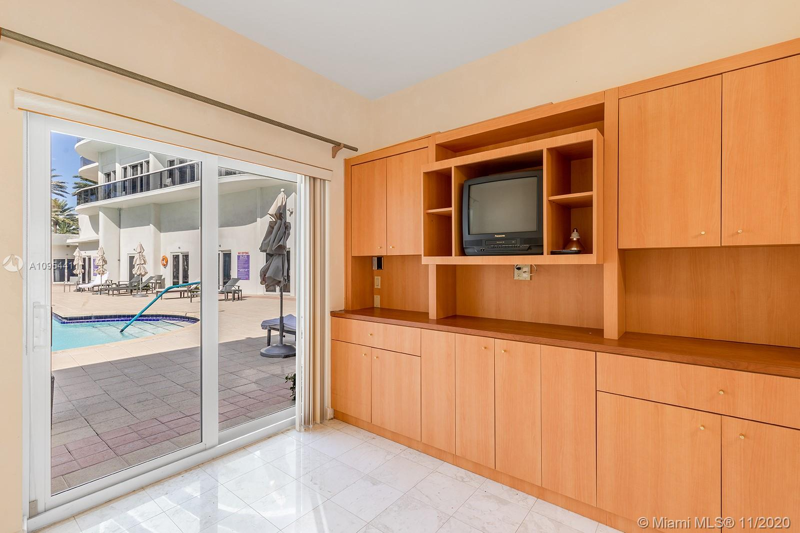 9601 Collins ave-T4 bal-harbour-fl-33154-a10954411-Pic01