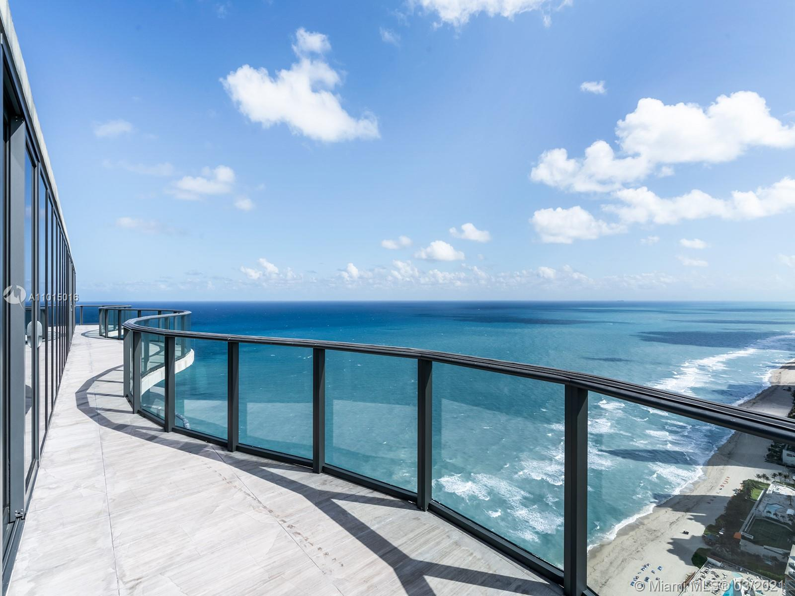 19575 Collins ave-43 sunny-isles-beach-fl-33160-a11015016-Pic01