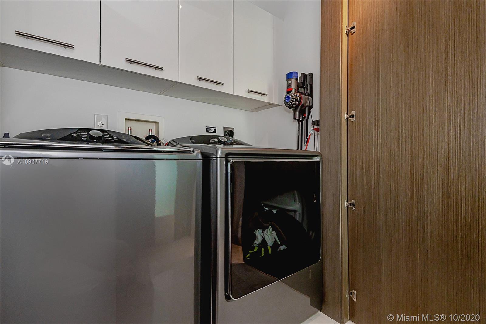 900 Brickell key blvd-903 miami-fl-33131-a10937719-Pic01