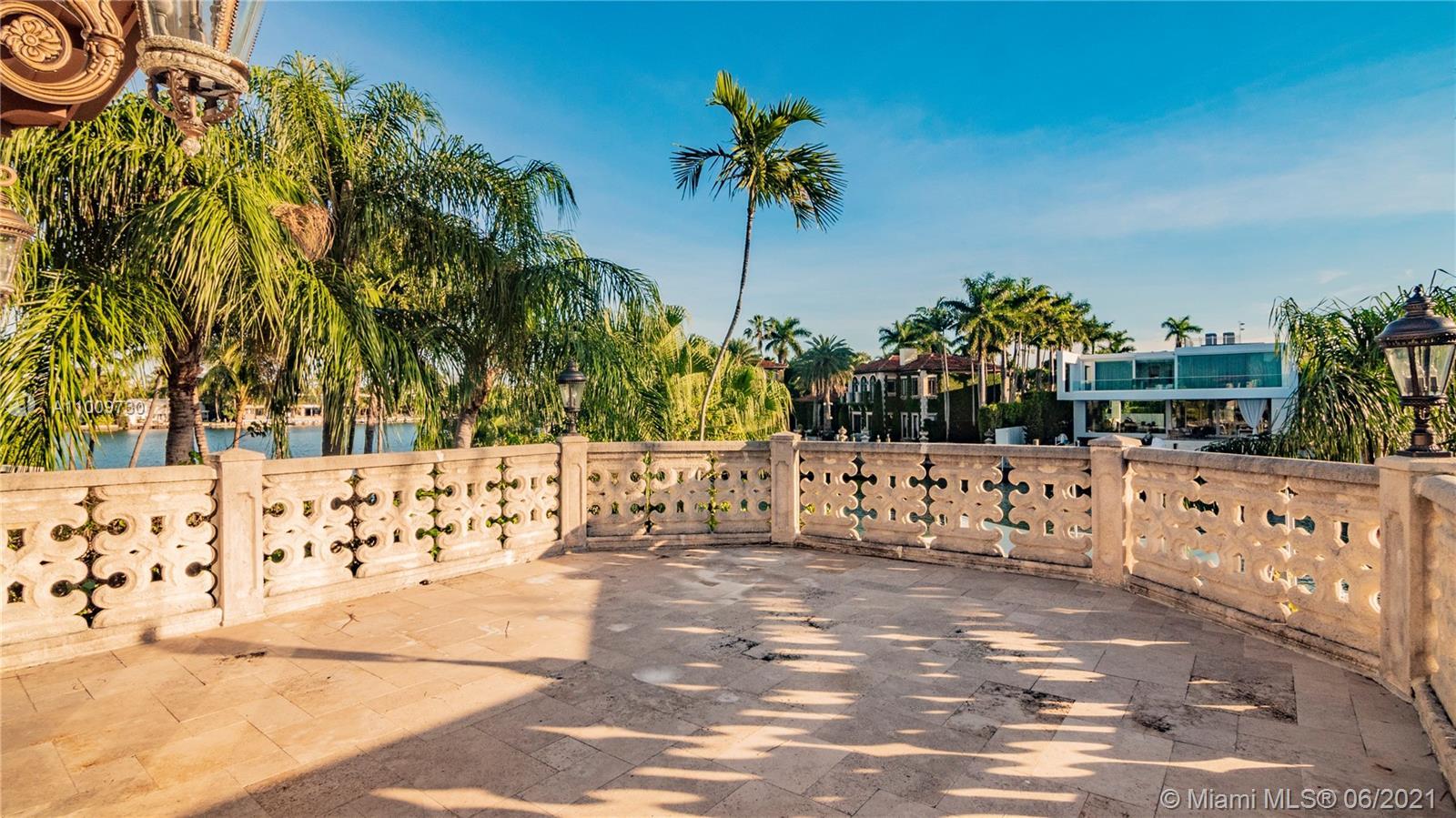 1410 25th st- miami-beach-fl-33140-a11009730-Pic01