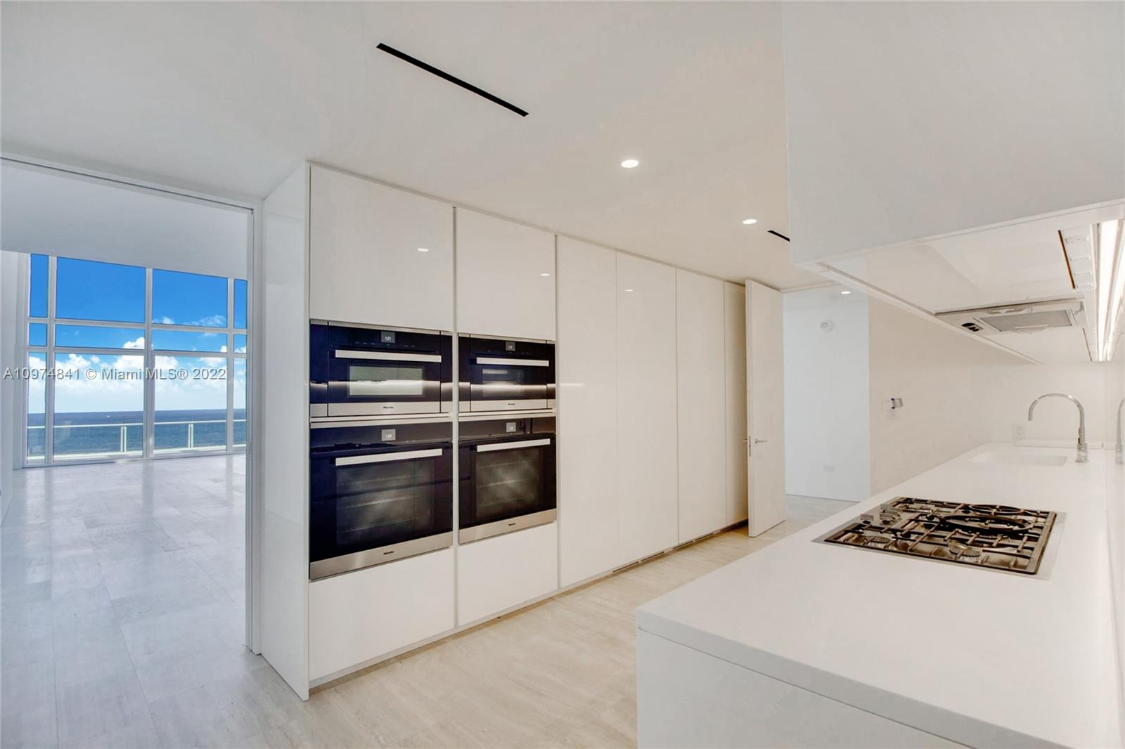 9001 Collins ave-S-PH2 surfside-fl-33154-a10974841-Pic01