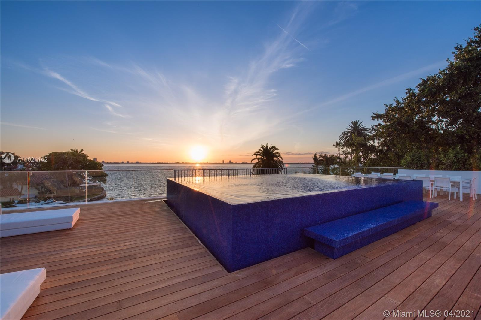 5004 Bay rd- miami-beach-fl-33140-a11021142-Pic01