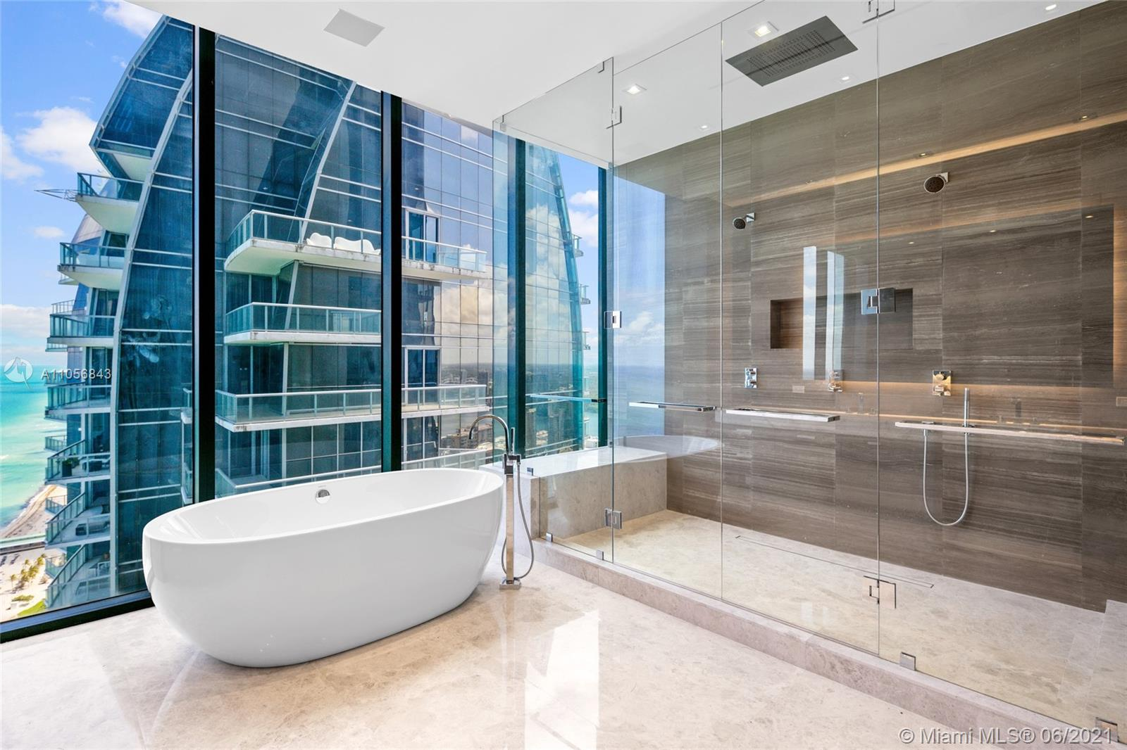 17141 Collins ave-3501-3502 sunny-isles-beach-fl-33160-a11056843-Pic01