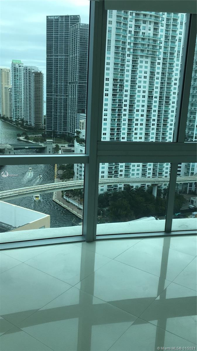 350 Miami ave-2201 miami-fl-33130-a10952945-Pic01