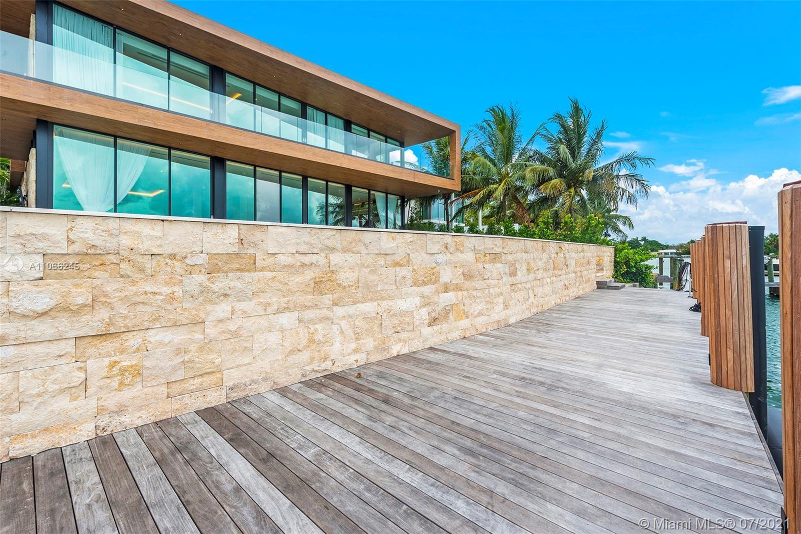 15 San marino dr- miami-beach-fl-33139-a11066245-Pic01