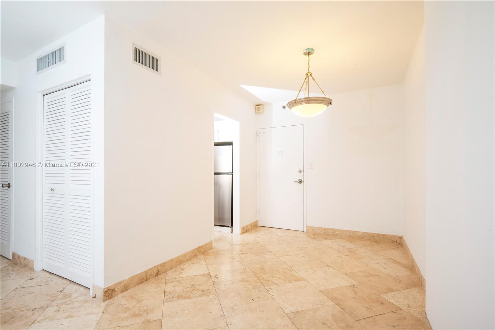1200 West ave-321 miami-beach-fl-33139-a11002946-Pic01