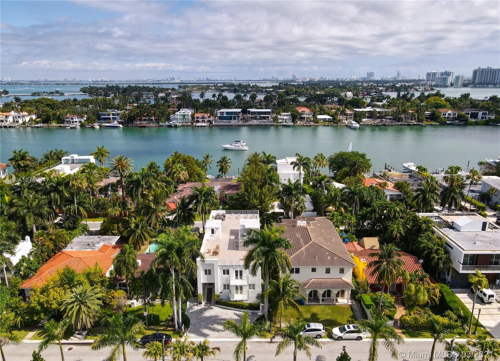 215 Palm ave- miami-beach-fl-33139-a10732847-Pic01