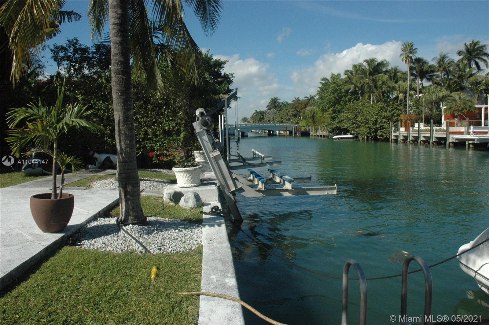 1431 22 st- miami-beach-fl-33140-a11044147-Pic01