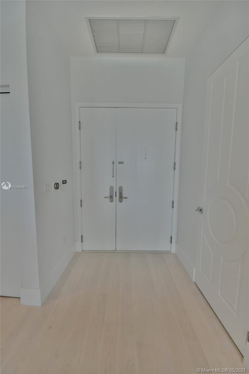 901 Brickell key blvd-507 miami-fl-33131-a11043351-Pic01