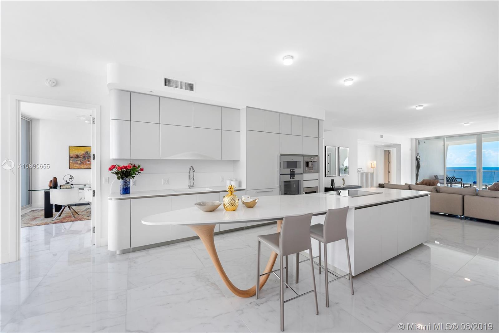 16901 Collins ave-3503 sunny-isles-beach-fl-33160-a10690655-Pic01