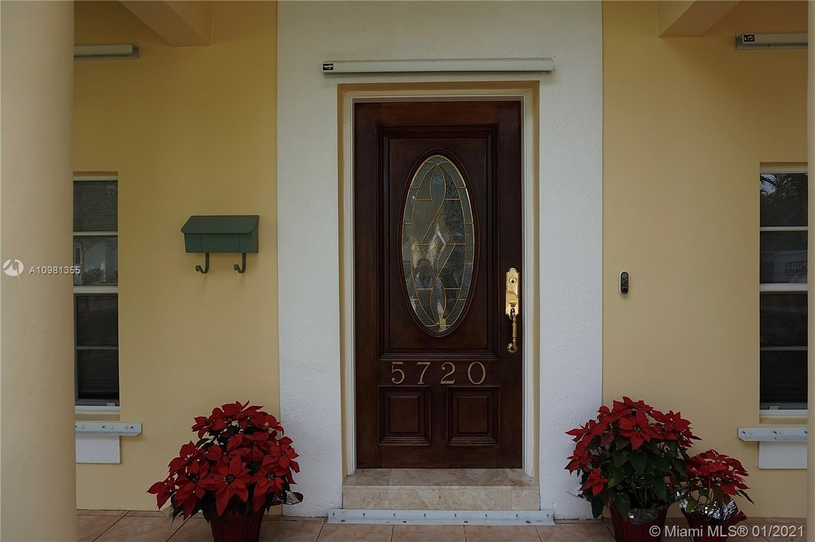5720 Michelangelo st- coral-gables-fl-33146-a10981355-Pic03