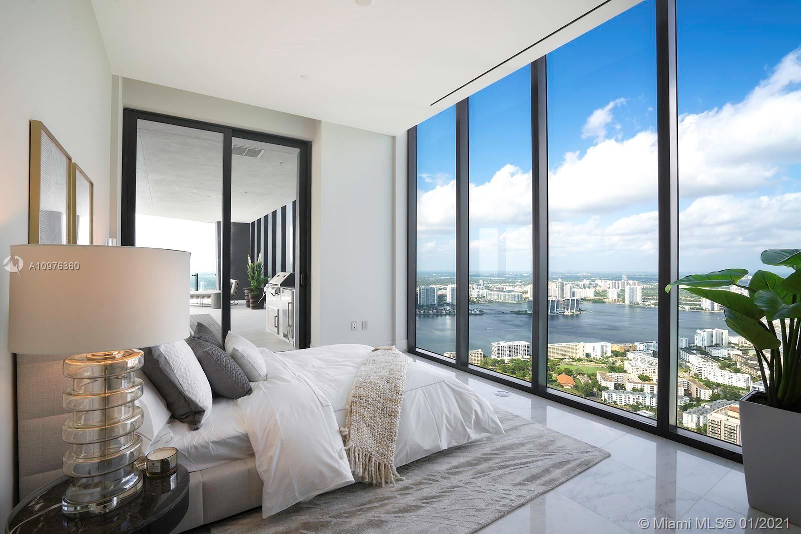 17141 Collins ave-UPH sunny-isles-beach-fl-33160-a10976360-Pic01