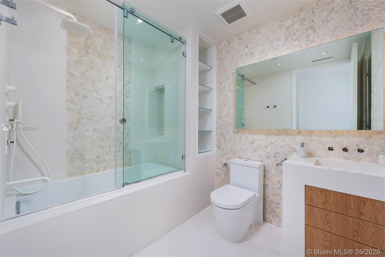 100 Pointe dr-1006 miami-beach-fl-33139-a10850661-Pic18