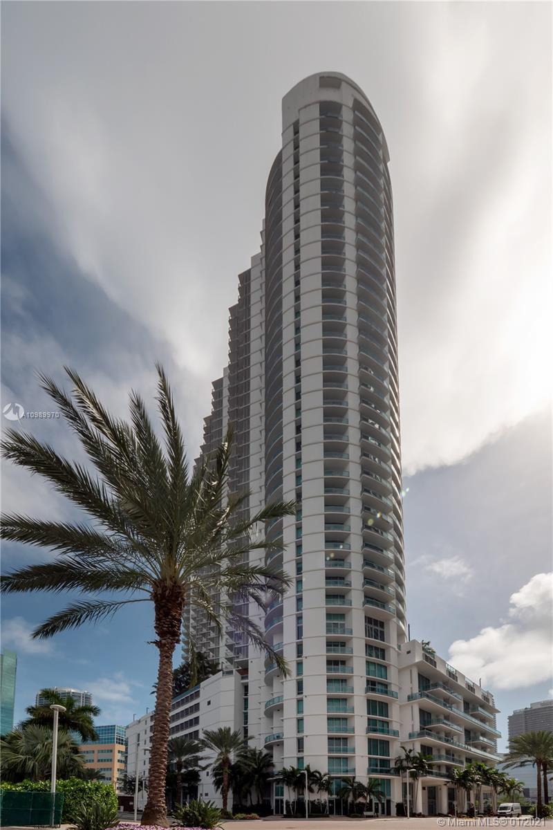 350 Miami av-3002 miami-fl-33130-a10989970-Pic01
