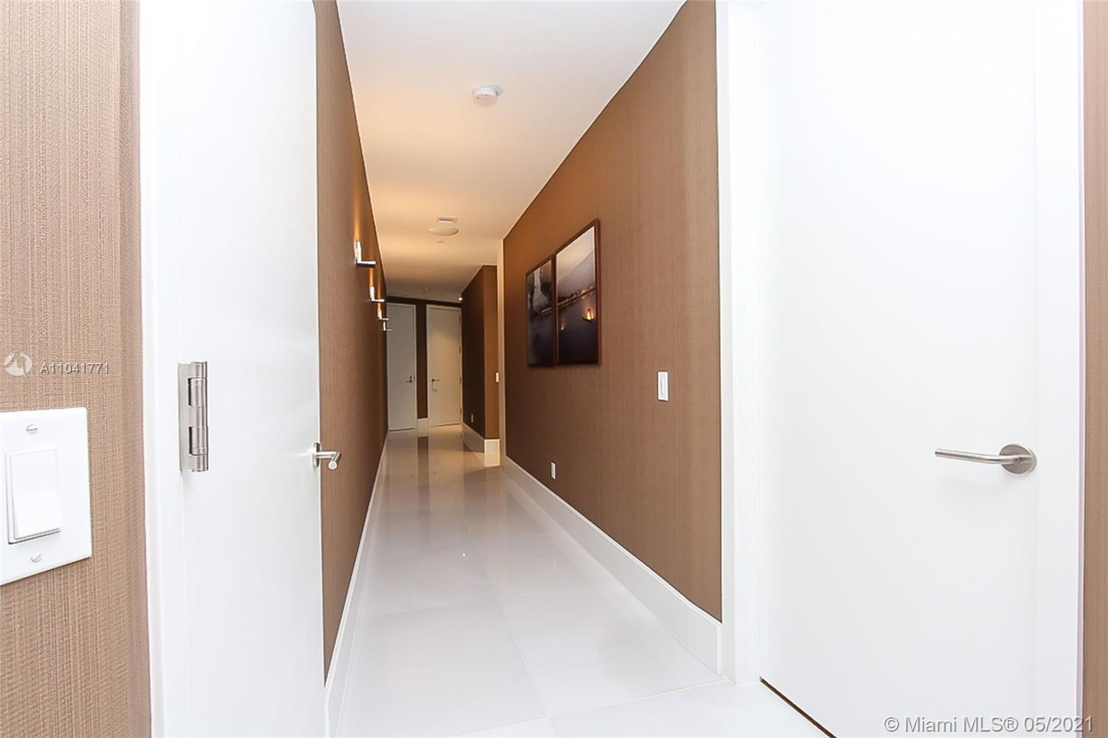 18555 Collins ave-4605 sunny-isles-beach-fl-33160-a11041771-Pic01