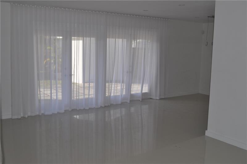 1040 Venetian dr- miami-beach-fl-33139-f10281471-Pic01