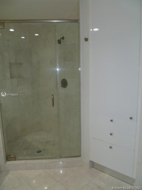 901 Brickell key blvd-907 miami-fl-33131-a11066474-Pic01
