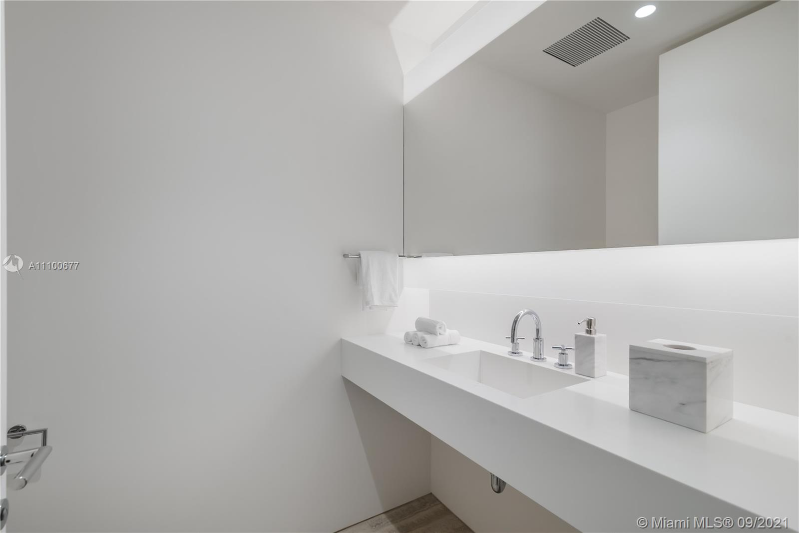 9001 Collins ave-S-808 surfside-fl-33154-a11100677-Pic01