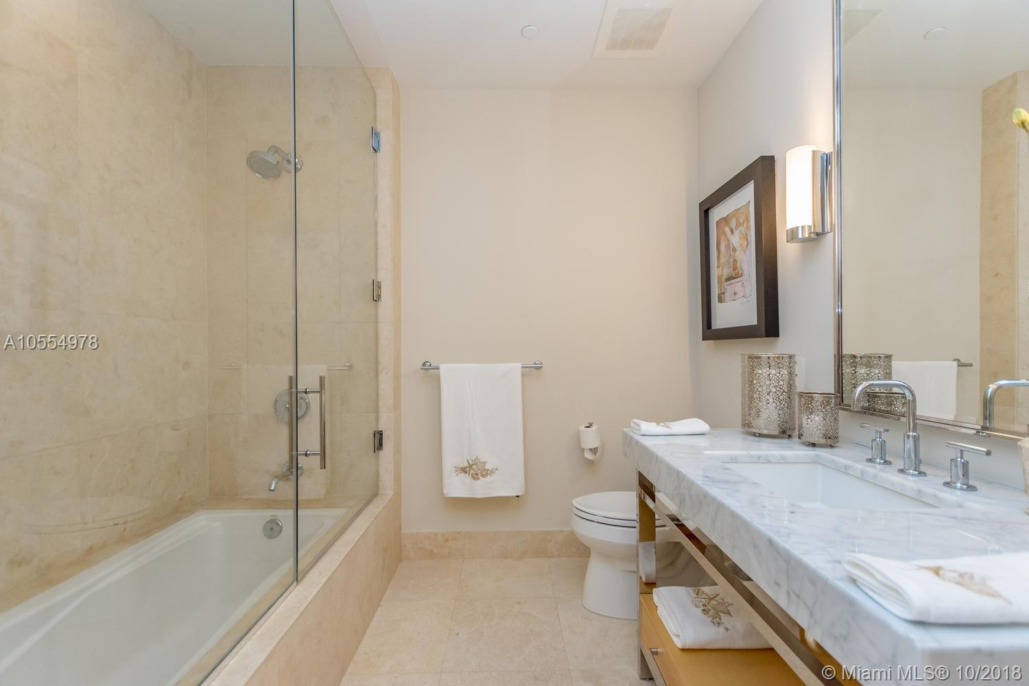 9703 Collins ave-1000 bal-harbour-fl-33154-a10554978-Pic01