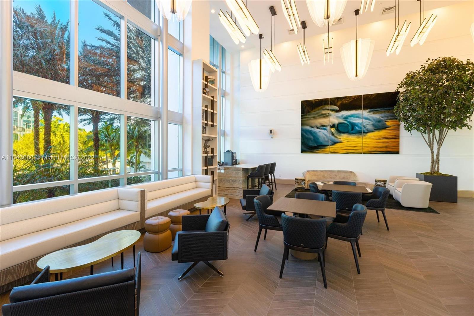 5959 Collins ave-2006 miami-beach-fl-33140-a11043680-Pic01