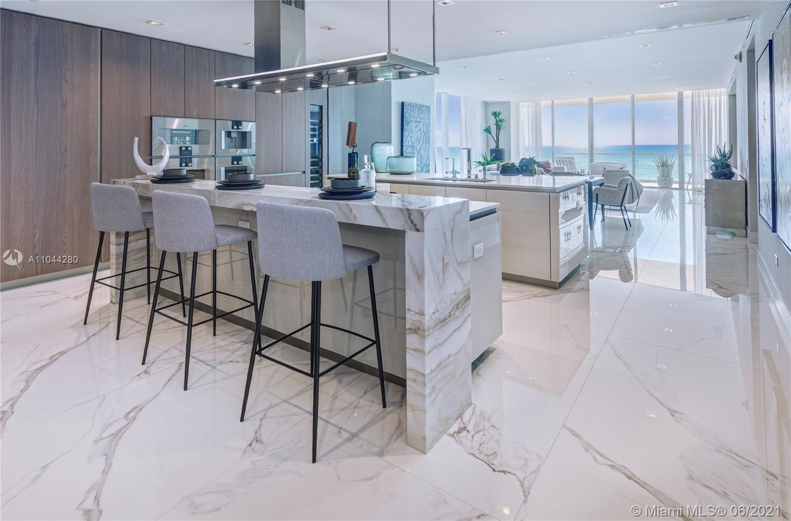 18501 Collins ave-801 sunny-isles-beach-fl-33160-a11044280-Pic01