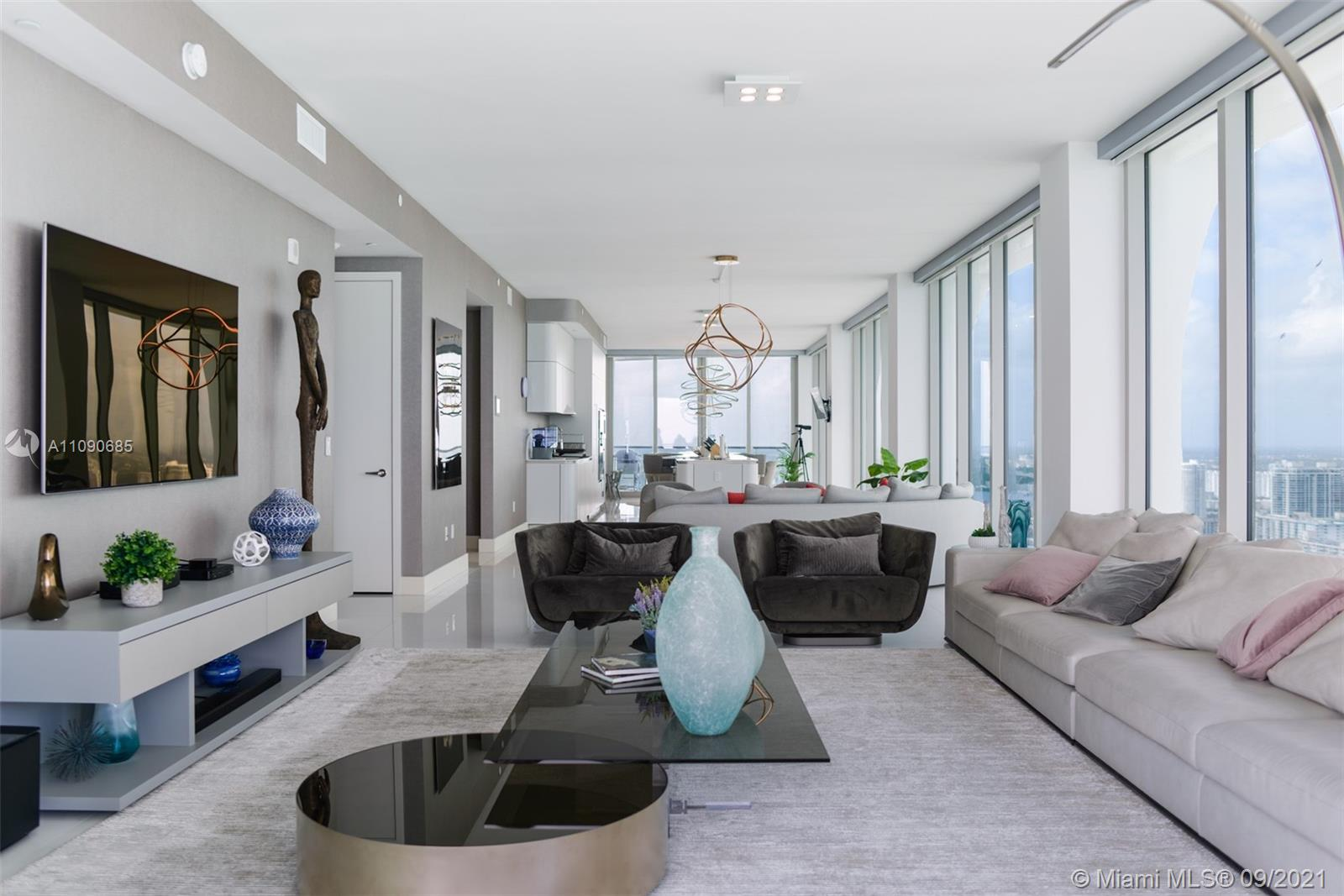 16901 Collins ave-4005 sunny-isles-beach-fl-33160-a11090685-Pic01