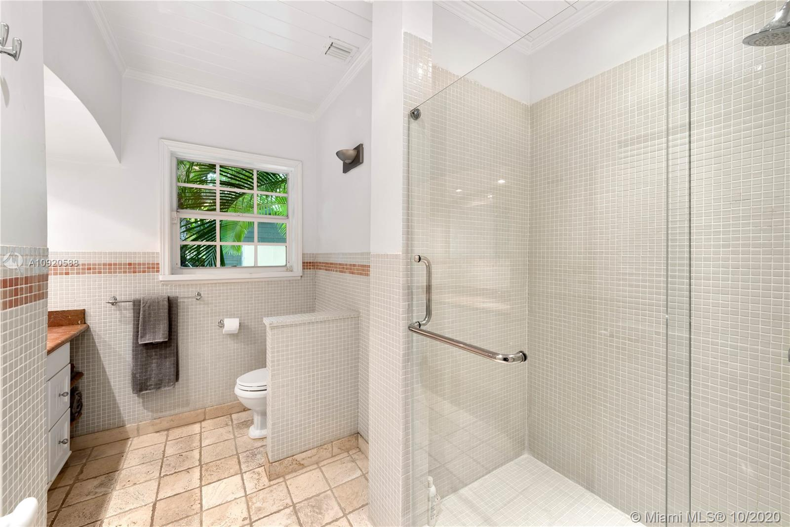 733 75th st- miami-fl-33138-a10920588-Pic01
