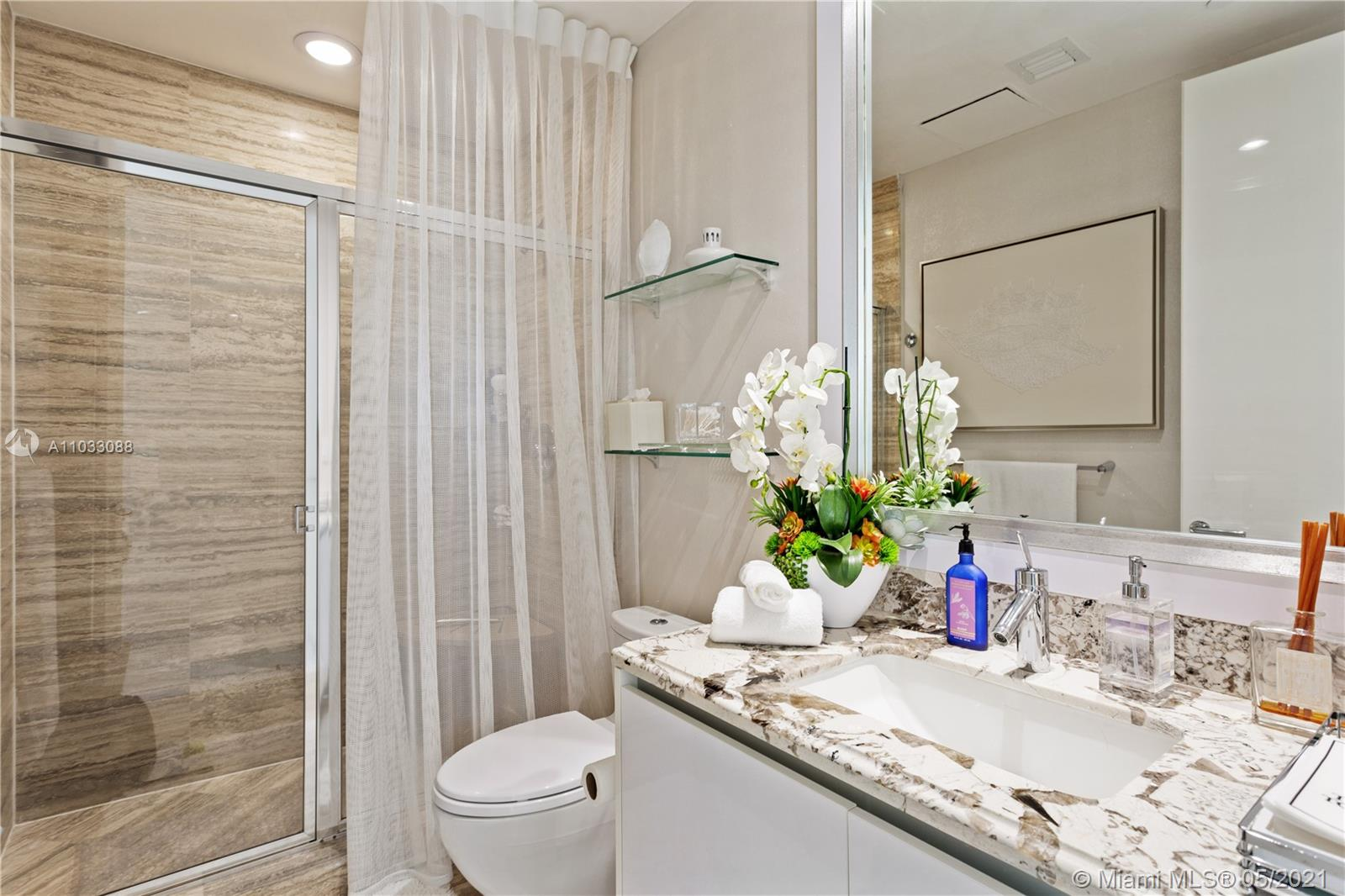 16001 Collins ave-1105 sunny-isles-beach-fl-33160-a11033088-Pic01