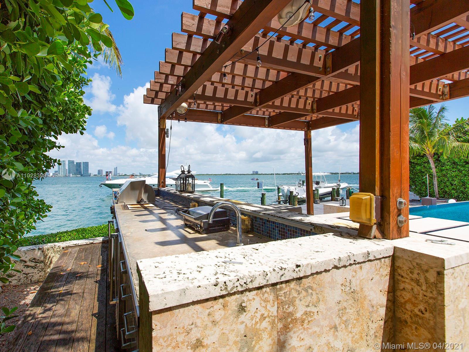 820 Dilido dr-* miami-beach-fl-33139-a11028390-Pic01