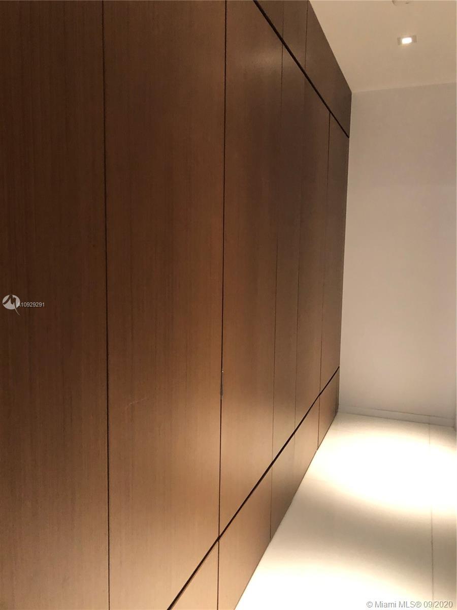 900 Brickell key blvd-3101 miami-fl-33131-a10929291-Pic01