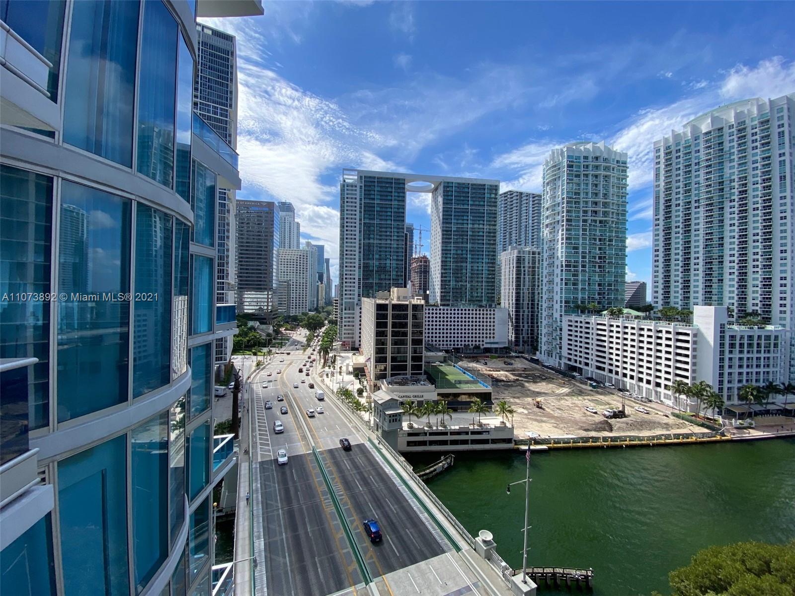 200 Biscayne boulevard way-1401 miami-fl-33131-a11073892-Pic01