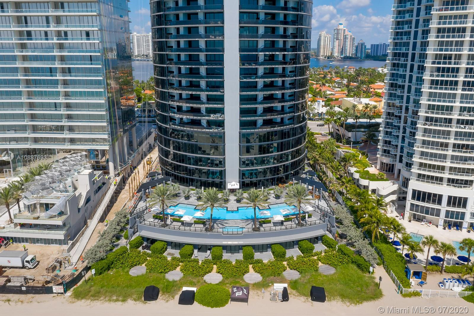 18555 Collins ave-5205 sunny-isles-beach-fl-33160-a10887693-Pic01