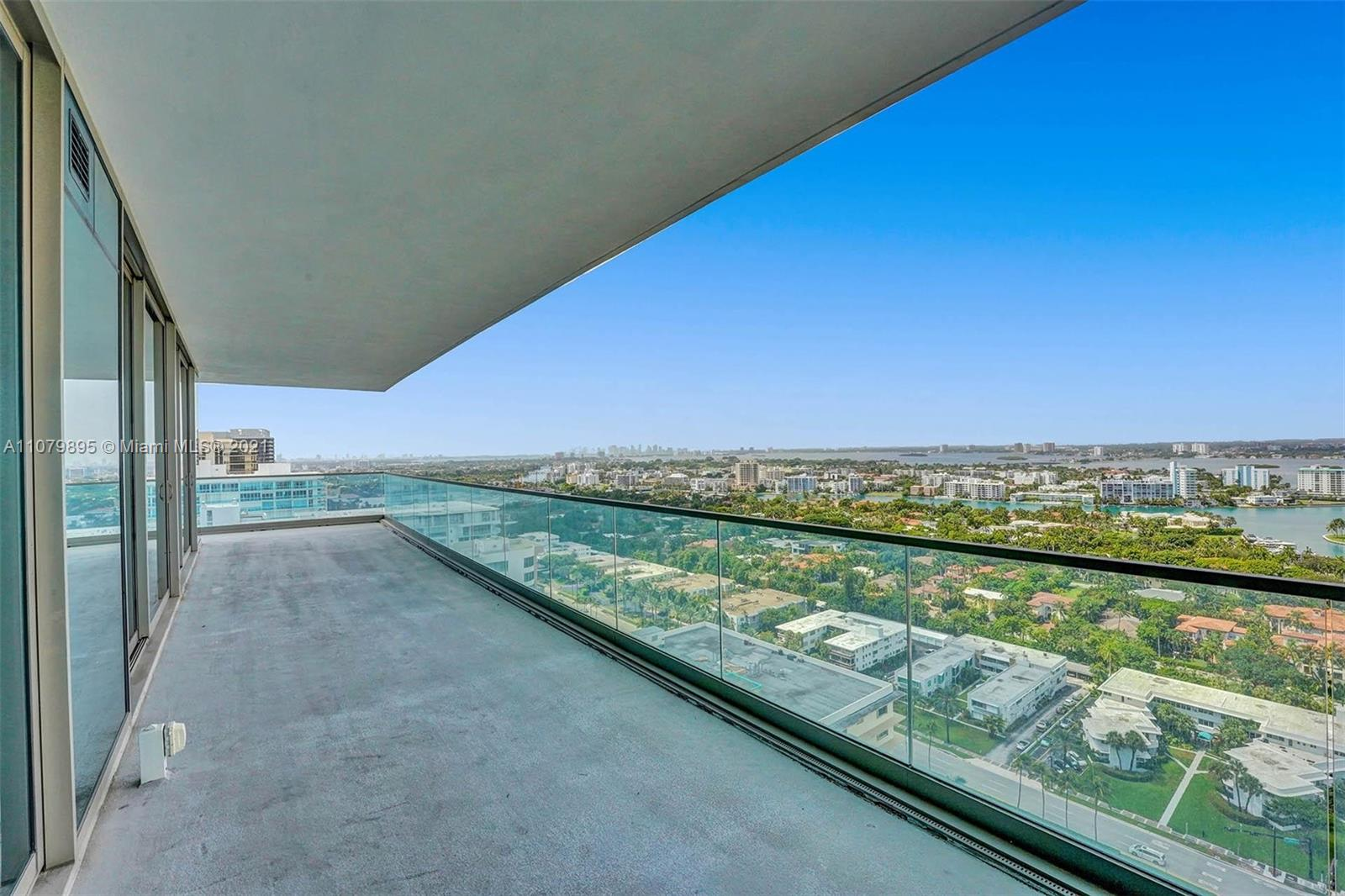 10201 Collins ave-2401 bal-harbour-fl-33154-a11079895-Pic01