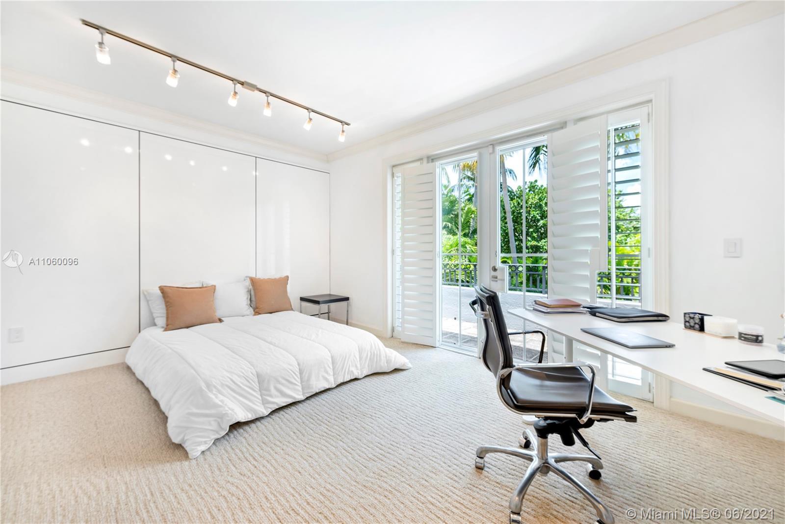15 Grand bay estates circle- key-biscayne-fl-33149-a11060096-Pic01