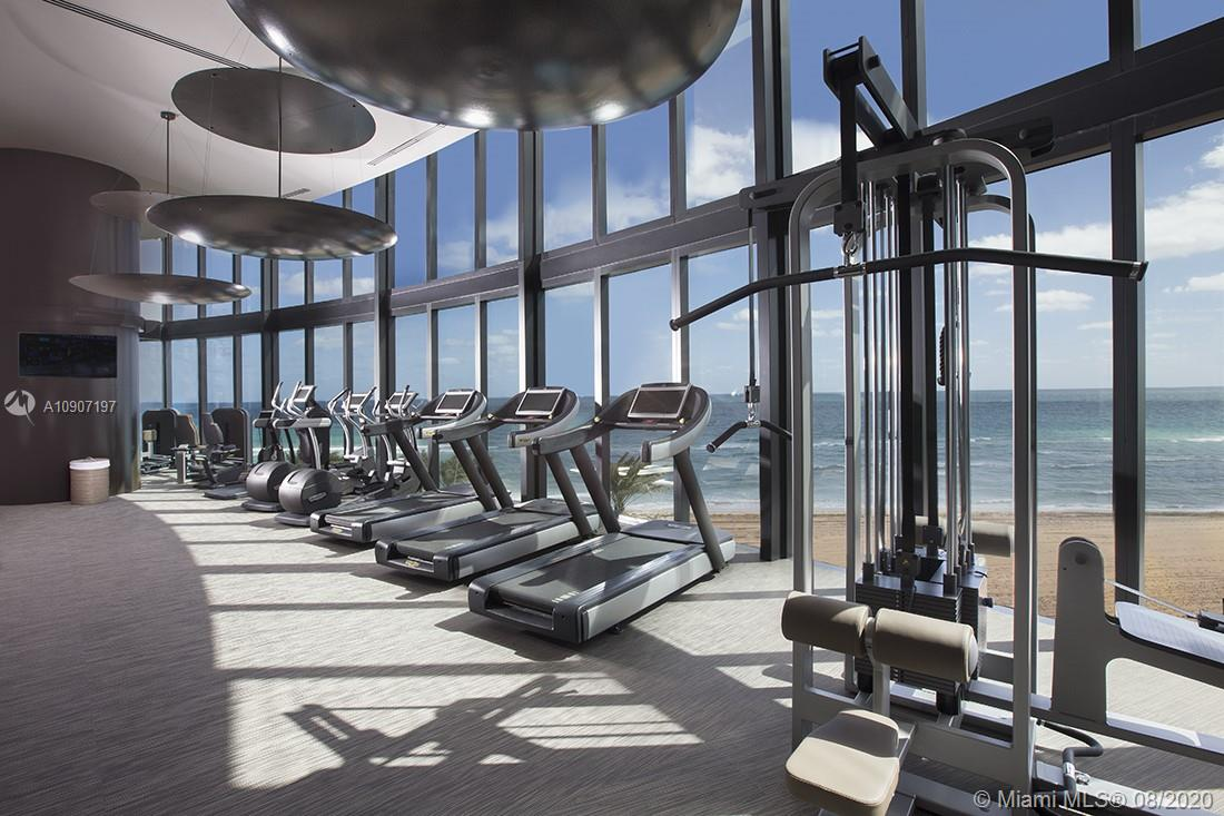 18555 Collins ave-4204 sunny-isles-beach-fl-33160-a10907197-Pic01