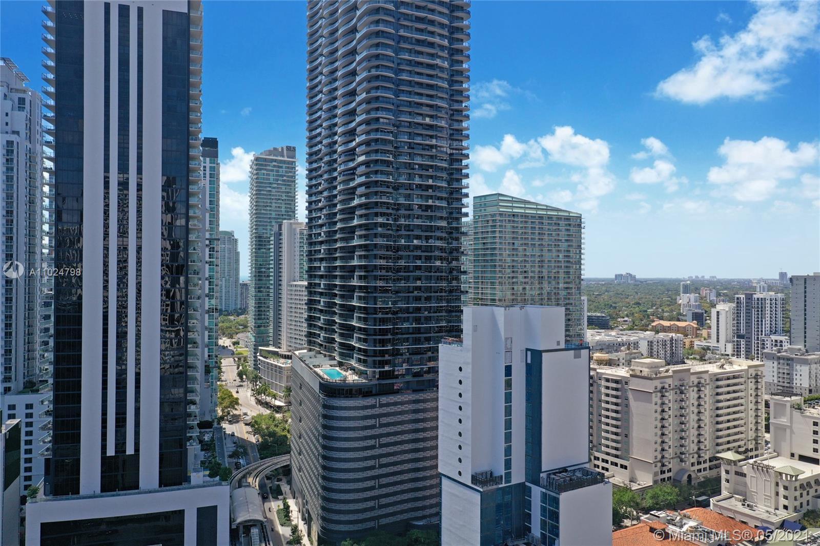 1000 Brickell plaza-UPH6202 miami-fl-33131-a11024798-Pic01