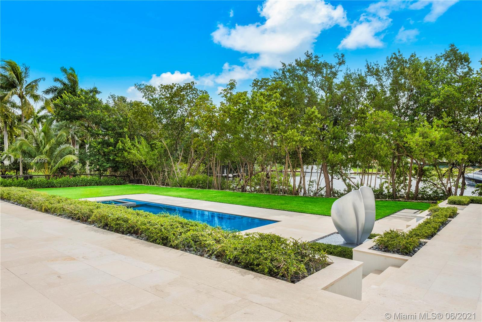 9475 Journeys end rd- coral-gables-fl-33156-a10959699-Pic01